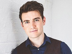 Music: Christmas In Ireland with Emmet Cahill